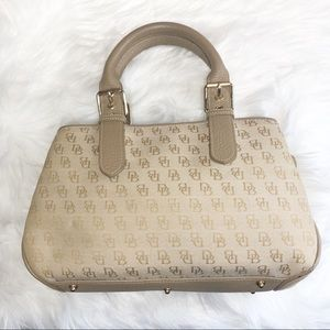 Dooney & Bourke Sand Signature Logo Small Bag